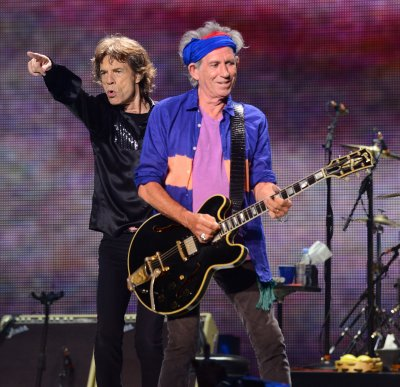 Rolling Stones play first show since L'Wren Scott's death