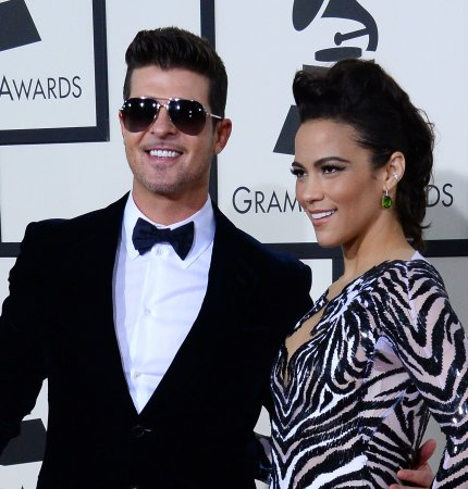Robin Thicke celebrates with divorce party