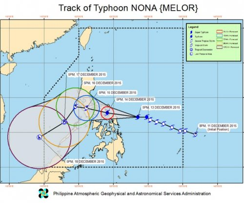 More than 700,000 evacuated as Typhoon Melor reaches Philippines