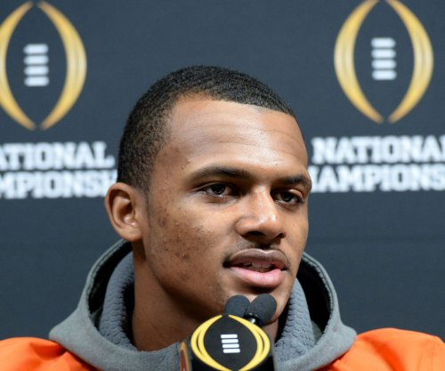 Alabama-Clemson: Deshaun Watson key for Tigers in national championship game
