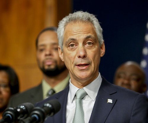 Chicago mayor rejects top cop picks, names interim