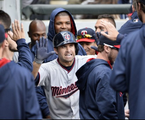 Minnesota Twins start game with two homers in 7-5 win
