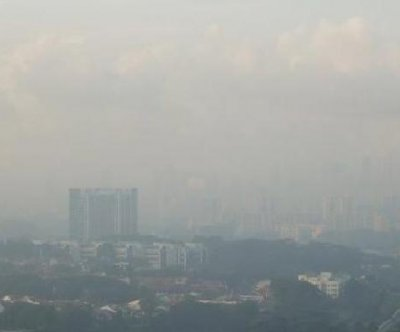 Singapore under haze as air quality deemed 'very unhealthy'