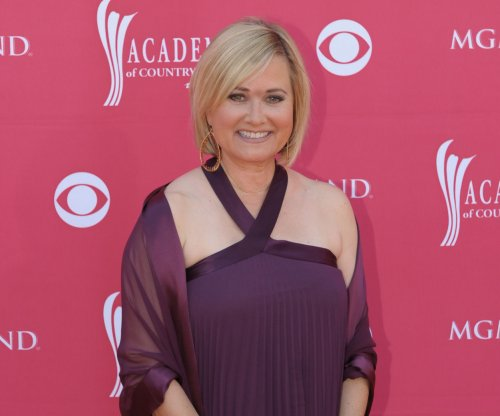 Maureen McCormick gets the boot on 'Dancing with the Stars'