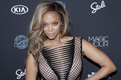 Tyra Banks had nose job early in career: 'I admit it!'