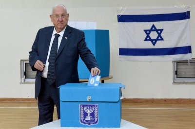 Israeli election: Turnout high despite fears of coronavirus, voter fatigue