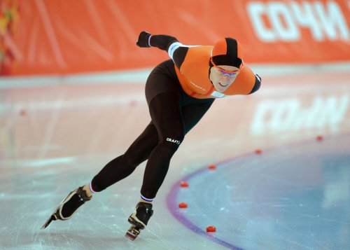 Wust wins duel of Olympic speed skating champs