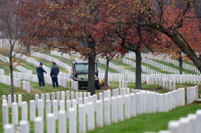 Army investigates moved urns at Arlington