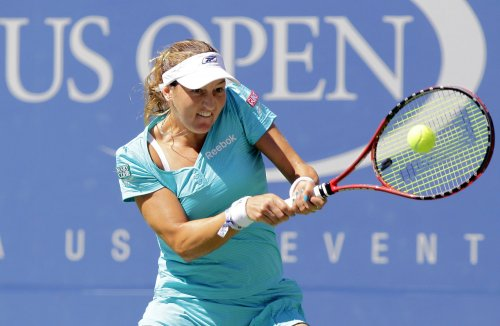 Peer moves to second round in Dubai