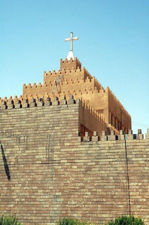 Christians flee Iraqi towns for safety in Kurdish-held areas