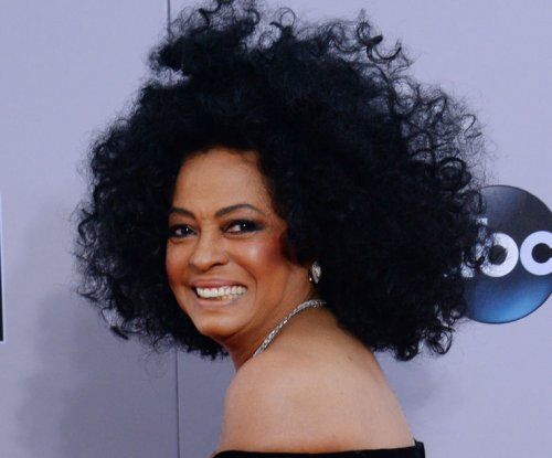 Diana Ross escapes injury in limo crash