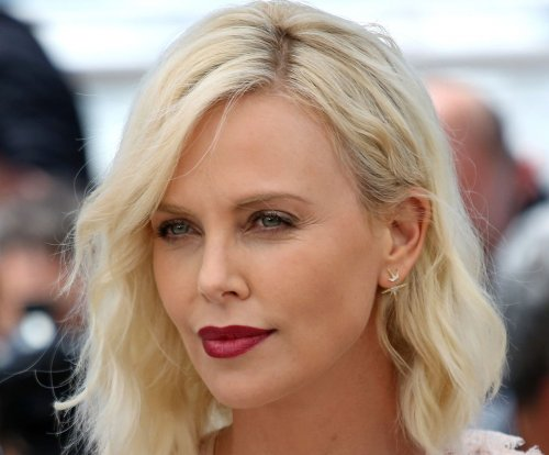 Charlize Theron, Sean Penn reunite in Cannes