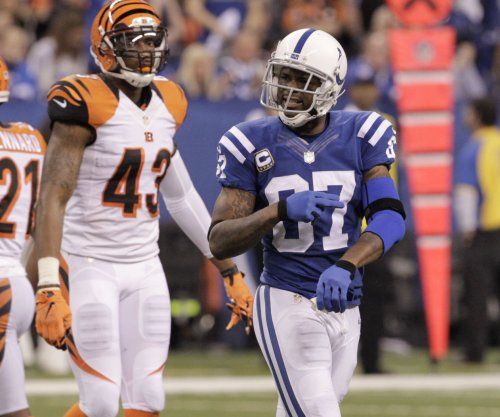 Ex-NFL receiver Reggie Wayne named Indianapolis Colts volunteer coach