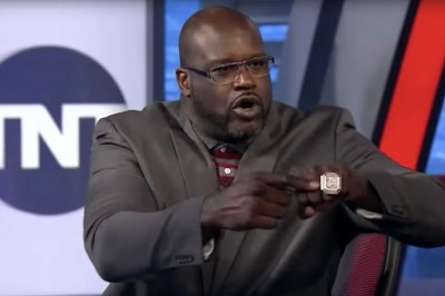 Barkley tells Shaq that D-Wade, Kobe carried him to NBA titles