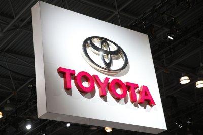 Recall adds 65,000 Toyota, Lexus vehicles to Takata airbag case
