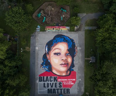 Protesters gather in Louisville after no officers directly charged in Breonna Taylor killing