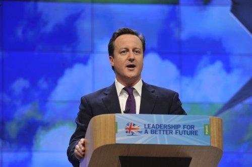 Conservatives threaten break over EU vote