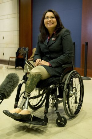 Rep. Tammy Duckworth gives birth to daughter