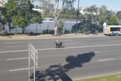 Mobility scooter 'speed racer' holds up traffic in Australia