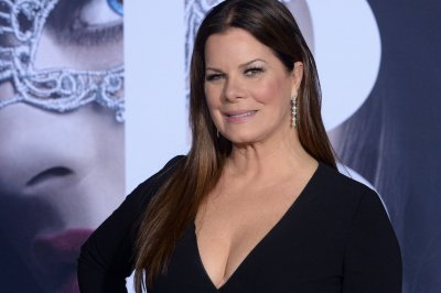 Marcia Gay Harden to star in Lifetime's 'Love You to Death'
