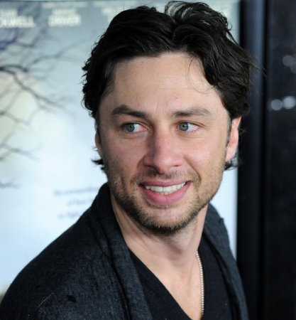 Publicist: Zach Braff is 'still straight'