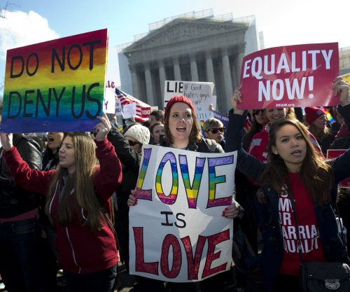 300 Republicans petition U.S. Supreme Court to support gay marriage