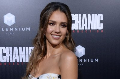 Jessica Alba says she doesn't go to the gym