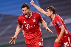 Robert Lewandowski, Lucy Bronze win FIFA 'The Best' awards