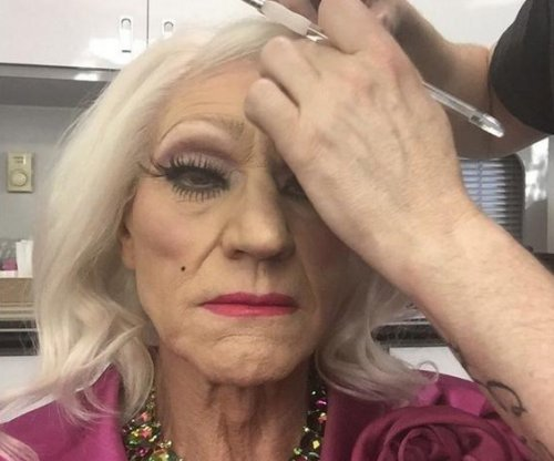 Patrick Stewart promotes 'Blunt Talk' in drag