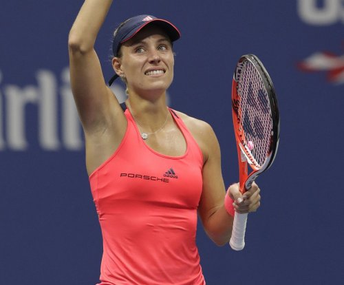 No. 1 Angelique Kerber advances in Hong Kong