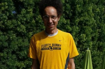 LeBron James: Malcolm Gladwell challenges NBA superstar to one-mile race