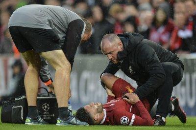Liverpool's Alex Oxlade-Chamberlain to miss majority of season