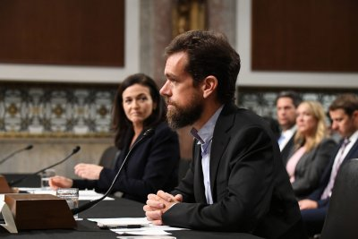 Facebook, Twitter executives pledge transparency at Senate hearing
