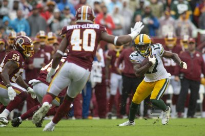 Packers' Davante Adams, Randall Cobb, Geronimo Allison sit out
