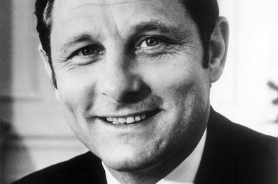 Former Indiana Sen. Birch Bayh, author of Title IX, dies at 91