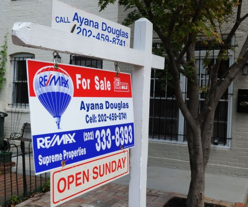 Mortgage rates hit eighth record low, but affordability still down