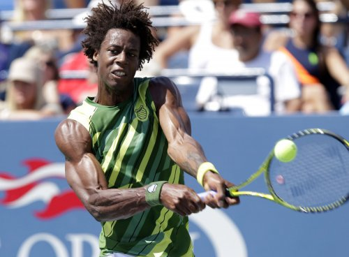 Monfils survives spate of Stockholm upsets