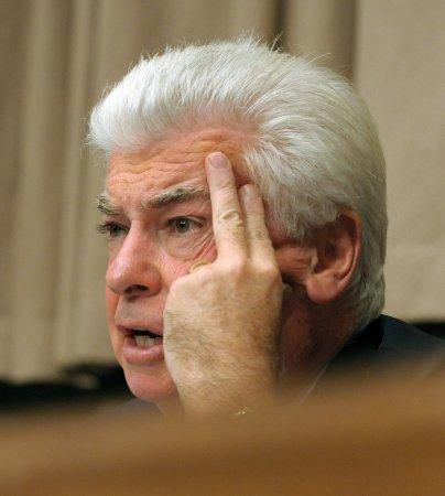 Dodd: Big Three 'devoid of vision'