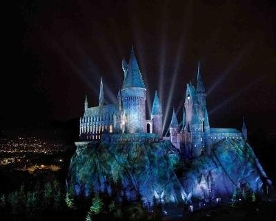 The Wizarding World of Harry Potter to open April 7 in California