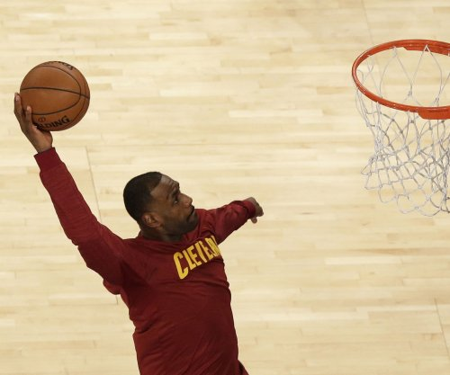 LeBron James narrowly misses triple-double in Cleveland Cavaliers' victory