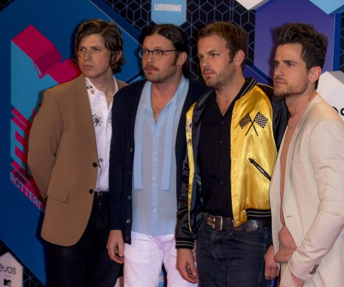 Kings of Leon extends North American tour by 25 shows