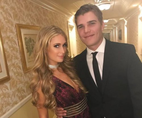 Paris Hilton dating 'The Leftovers' star Chris Zylka