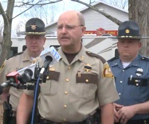Manhunt ends in arrest of suspected killer of Maine deputy