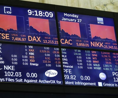 Dow Jones falls 450 points amid rising coronavirus concerns