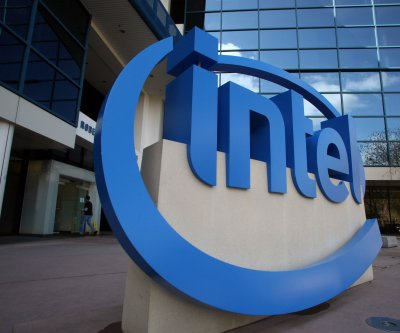 Intel sells flash memory business to SK hynix for $9 billion