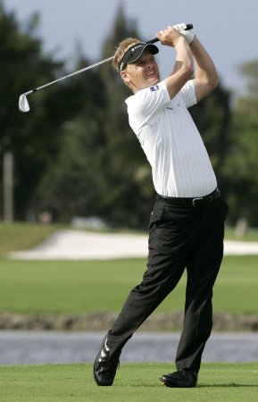 Luke Donald returns to golf's Top 10