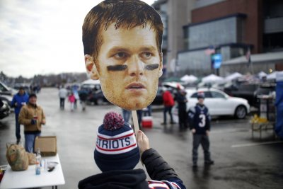 New England Patriots QB Tom Brady gains new 'perspective' on bench