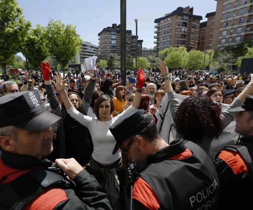 Spanish court convicts 'pack' of 5 men for sex assault, not rape
