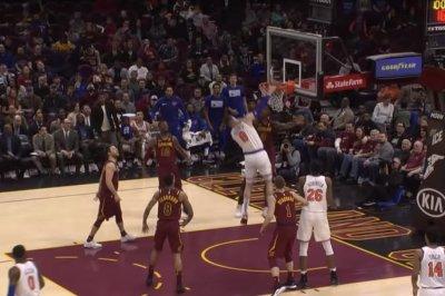 Knicks' Mario Hezonja has no regard for Cavaliers on nasty slam