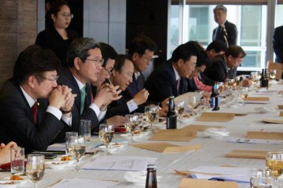 South Korea lawmakers worried about worsening ties with Japan